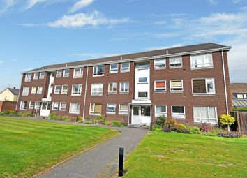 Thumbnail 2 bed flat for sale in Link Road, Newbury
