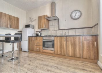 Thumbnail 1 bed flat to rent in Windsor Avenue, Gateshead