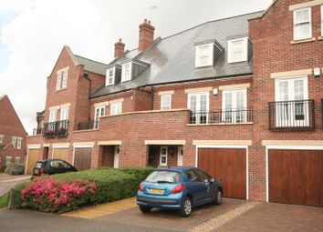 Thumbnail Property to rent in Azalea Close, London Colney, St.Albans