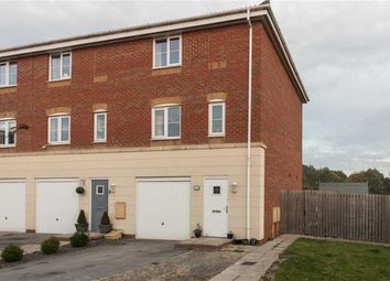 Thumbnail 3 bed property for sale in Avocet Mews, Scunthorpe