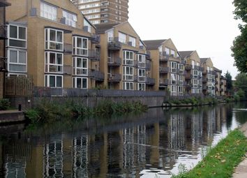 Thumbnail 2 bed flat for sale in Printers Mews, Old Ford Road, Bow