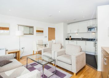Thumbnail 2 bed flat to rent in 71B Drayton Park, Islington, London