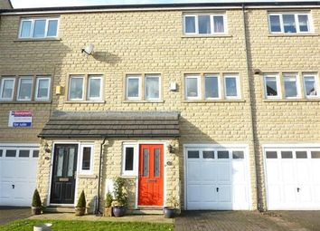 Thumbnail 3 bed town house to rent in Holmefield Gardens, Barrowford, Lancashire