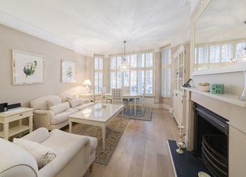 Thumbnail 2 bed flat to rent in Lincoln House, Basil Street, Knightsbridge, London