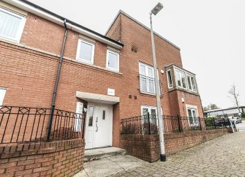 Thumbnail 2 bed flat for sale in Waverley Court, Oldham
