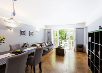 Thumbnail 2 bed flat for sale in Avenue Lodge, Avenue Road