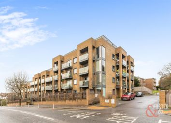 Hove Park Gardens, Hove BN3. 1 bed flat for sale
