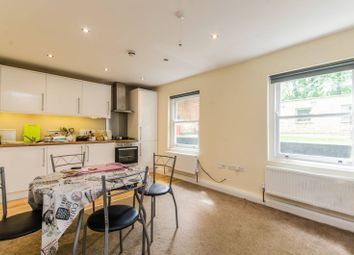 Thumbnail 1 bed flat to rent in Woodchurch Road, South Hampstead