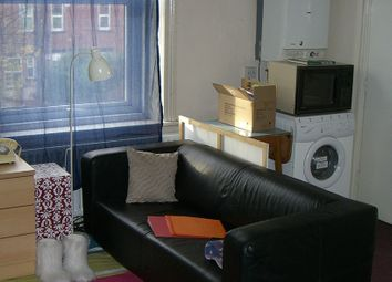 1 bed property to rent in Woodsley Road, Hyde Park, Leeds LS2