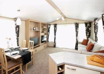 Thumbnail 2 bed mobile/park home for sale in Lime Kiln Lane, Bridlington