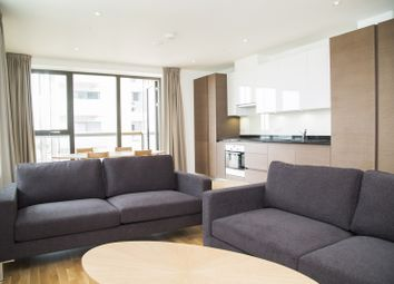 2 bed flat to rent in Elis Way, Olympic Park, London E20