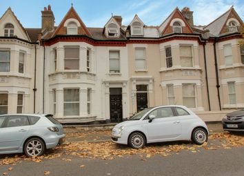 1 bed flat to rent in Marine Avenue, Westcliff-On-Sea SS0