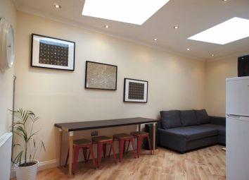 1 bed flat to rent in Turville Street, London E2