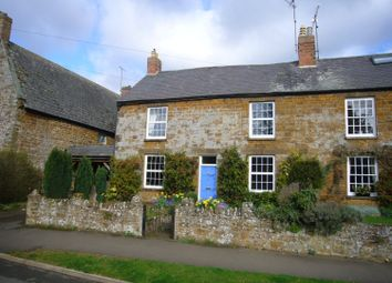 Thumbnail 3 bed cottage to rent in Banbury Lane, Byfield, Daventry