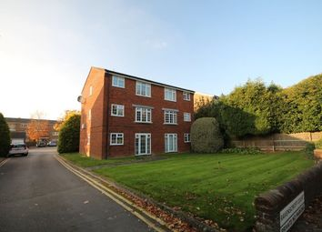 Thumbnail 1 bedroom flat to rent in North Parade, Horsham