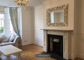 2 bed flat to rent in Sackville Road, Hove, Brighton BN3