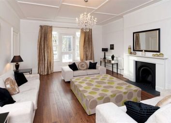 Thumbnail 4 bed flat to rent in Belsize Square, Belsize Park, London