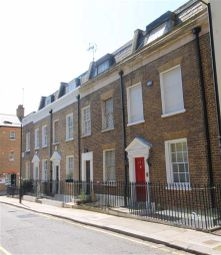 Thumbnail 3 bed property for sale in Junction Place, London