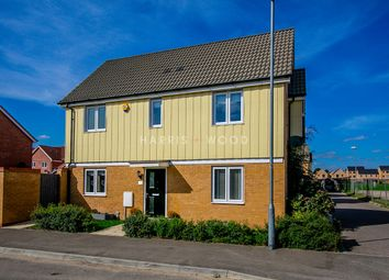 Wagtail Mews, Stanway, Colchester CO3. 3 bed detached house