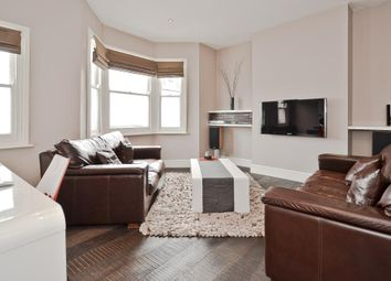 Thumbnail 2 bedroom flat to rent in Umfreville Road, Harringay