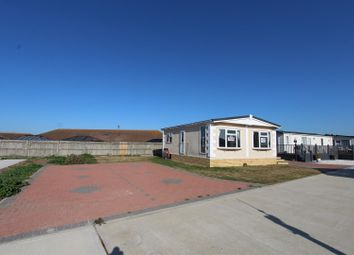 1 bed mobile/park home for sale in Meadow View Park, Irwin Road, Minster On Sea, Sheerness ME12