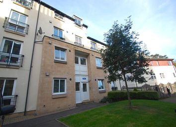 Thumbnail 3 bedroom flat for sale in Waverley Park Terrace, Edinburgh