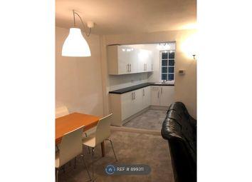 Upper Halliford Road, Shepperton TW17. 2 bed bungalow