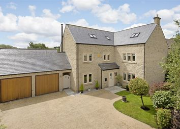 Thumbnail 6 bed detached house for sale in 3 Wharfedale Avenue, Menston, West Yorkshire