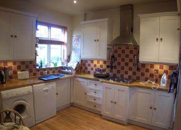 Thumbnail 4 bed flat to rent in Strickland Row, Earlsfield