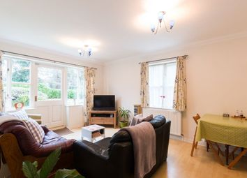 Thumbnail 2 bed flat to rent in Heron House, Newbury, Berkshire