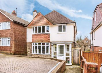 Thumbnail 3 bed detached house to rent in Woodside Way, Redhill
