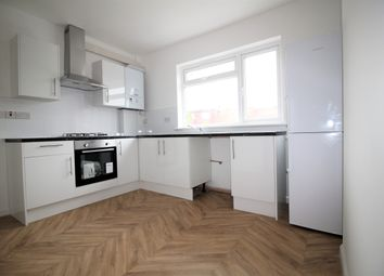 Thumbnail 3 bed flat to rent in Greenock Road, London