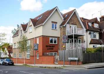Thumbnail 3 bed flat for sale in Hendon Lane, London N3,