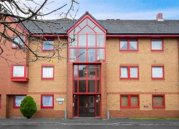 Thumbnail 2 bedroom flat for sale in Whitelands, Franklynn Road, Haywards Heath