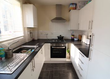 2 bed flat to rent in Argent Street, Grays RM17