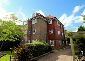 Thumbnail 2 bedroom flat to rent in Doods Road, Reigate