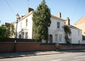 Thumbnail 4 bed property to rent in Adelaide Road, Leamington Spa
