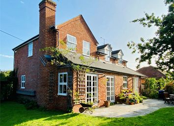 Reades Lane, Gallowstree Common, Reading RG4. 5 bed detached house