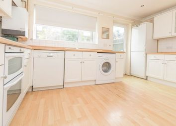 3 bed property to rent in Oast Way, Rochford SS4