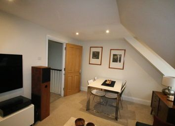 Thumbnail 1 bed flat to rent in Waddon Court Road, Croydon