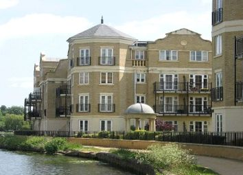 Thumbnail 2 bedroom flat for sale in Regents Riverside, Brigham Road, Reading