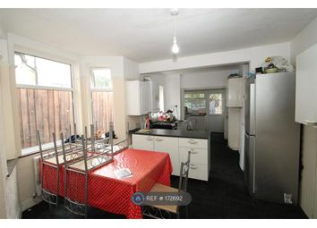 Thumbnail Room to rent in Endsleigh Gardens, Ilford