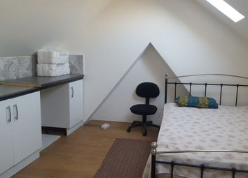 Thumbnail Room to rent in Hurley Road, Greenford