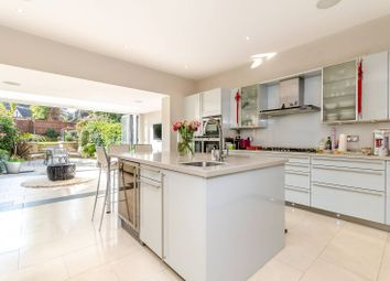 Thumbnail 5 bed property to rent in The Knoll, Beckenham