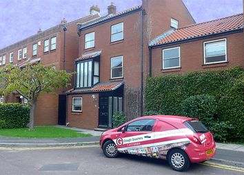 Thumbnail 4 bed end terrace house to rent in Challoner Court, City Centre, Bristol