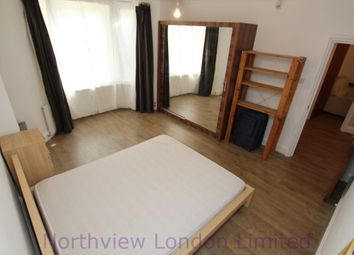 Thumbnail 3 bed flat to rent in Alexandra Grove, Finsbury Park