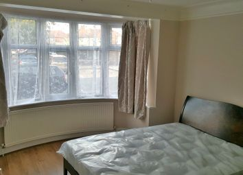 Thumbnail Room to rent in Virginia Gardens, Ilford