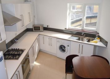 Thumbnail 6 bed flat to rent in Kennington Road, Kennington, London
