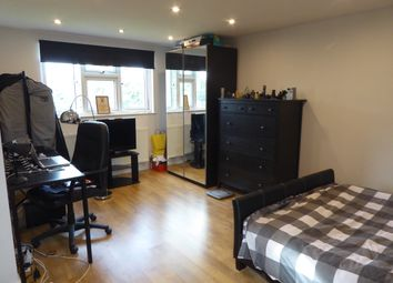 Thumbnail Room to rent in Westview Drive, Woodford Green