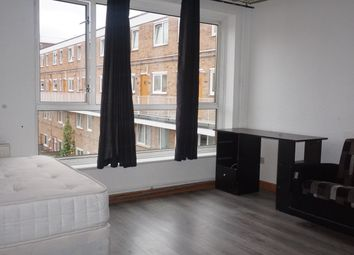 3 bed flat to rent in Portia Way, London E3